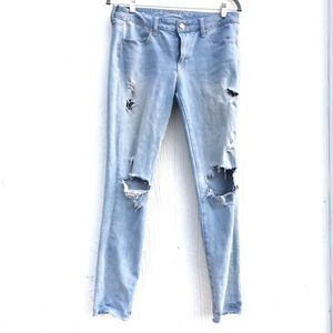 American Eagle Outfitters distressed Jeans size 10